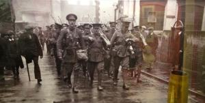 1914 Soldiers marching to the front